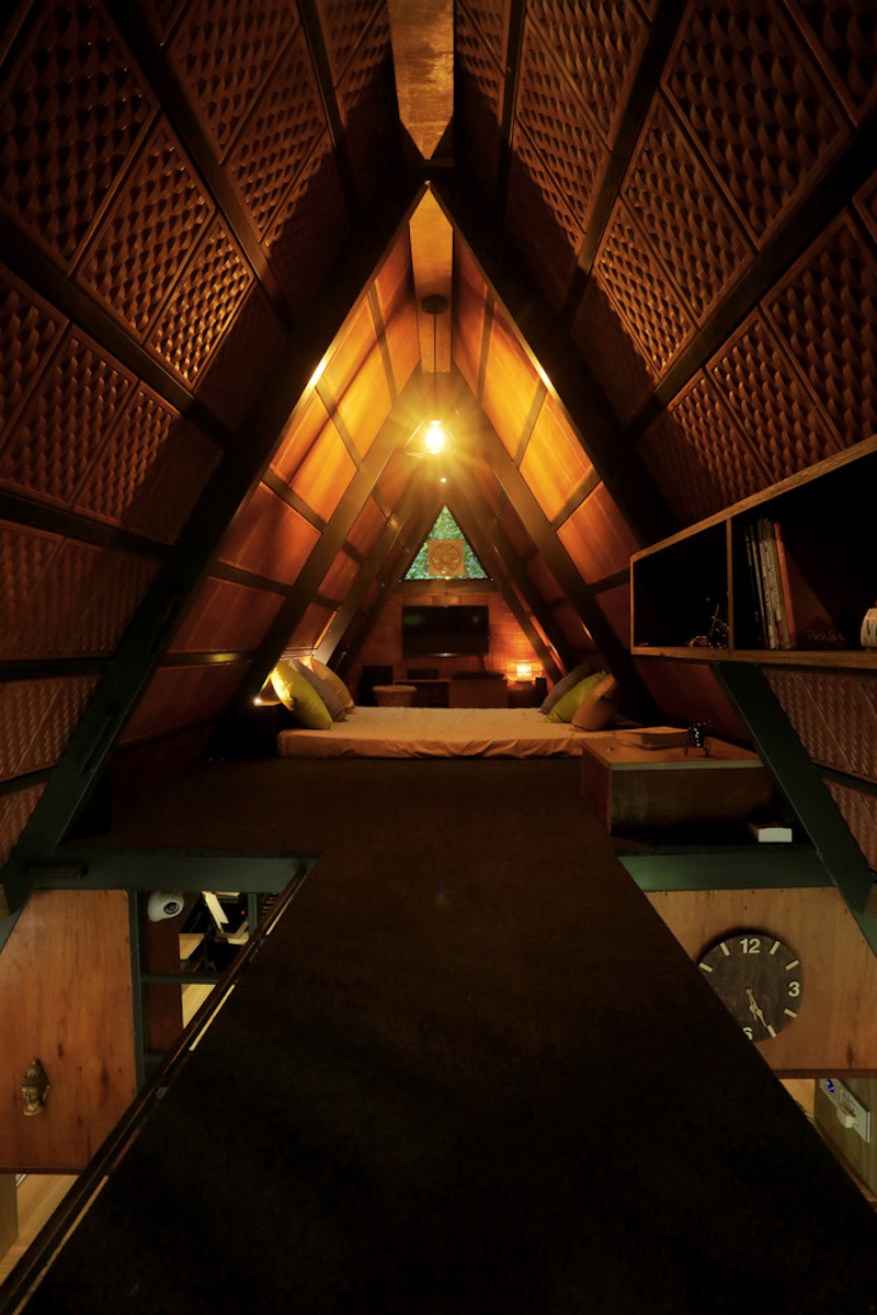 The attic has no dividing walls and that meant there was no need for a heavy foundation