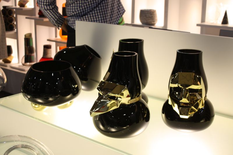 Black flower vases and accessories
