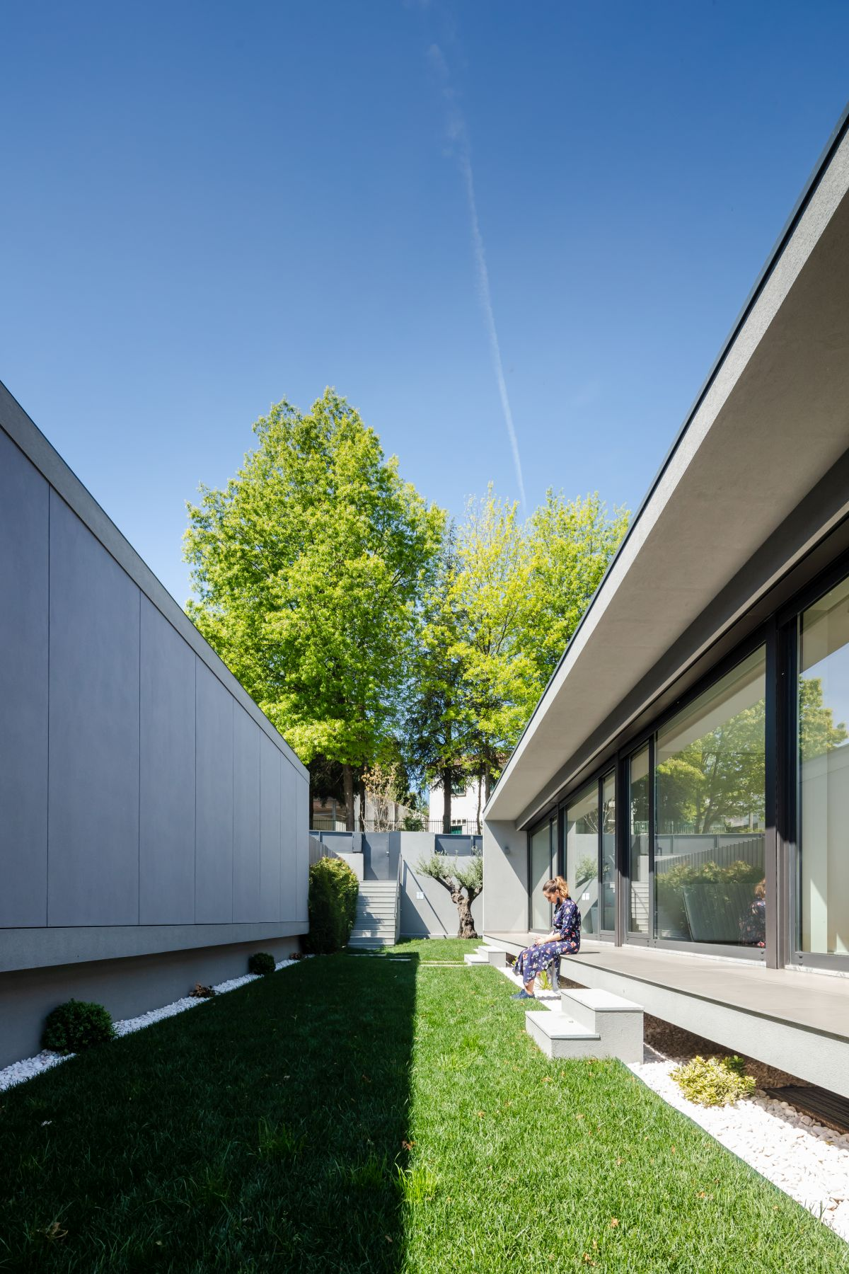 Each house also opens onto the small courtyard between it and the neighboring residence