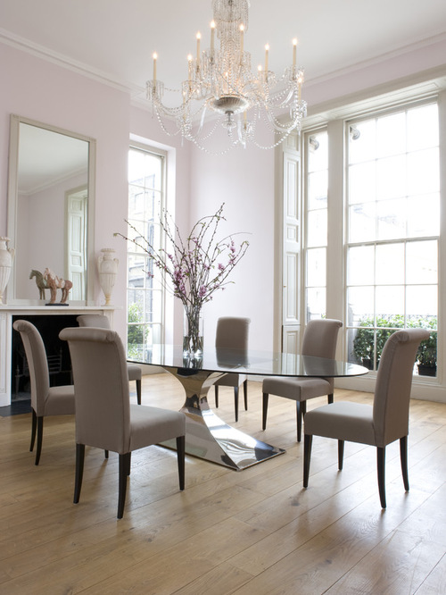 Capricorn dining table oval design