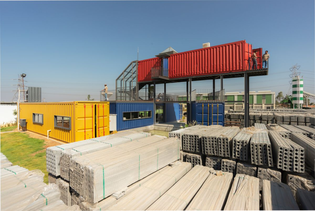 The containers are fitted with windows and openings which give them easy access and visibility outside