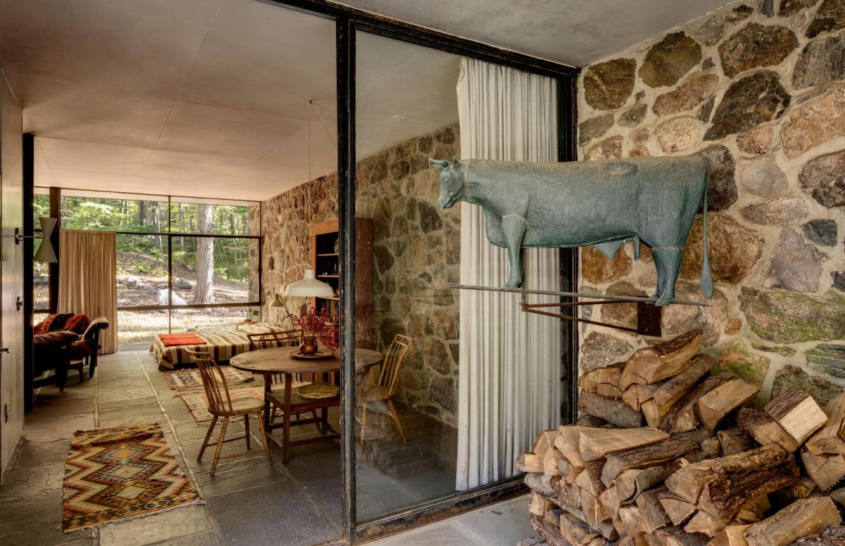 At the time of its completion the house was both radical and simple, two characteristics which still define it today