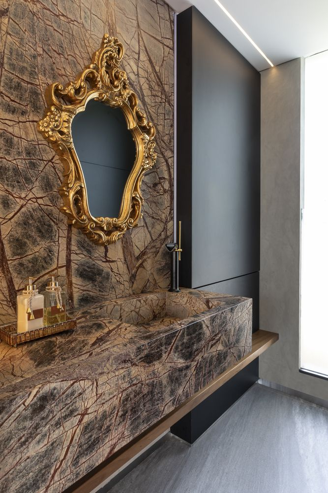 This is an exceptional bathroom mirror, one which doubles as a focal point and an eye-catching decoration