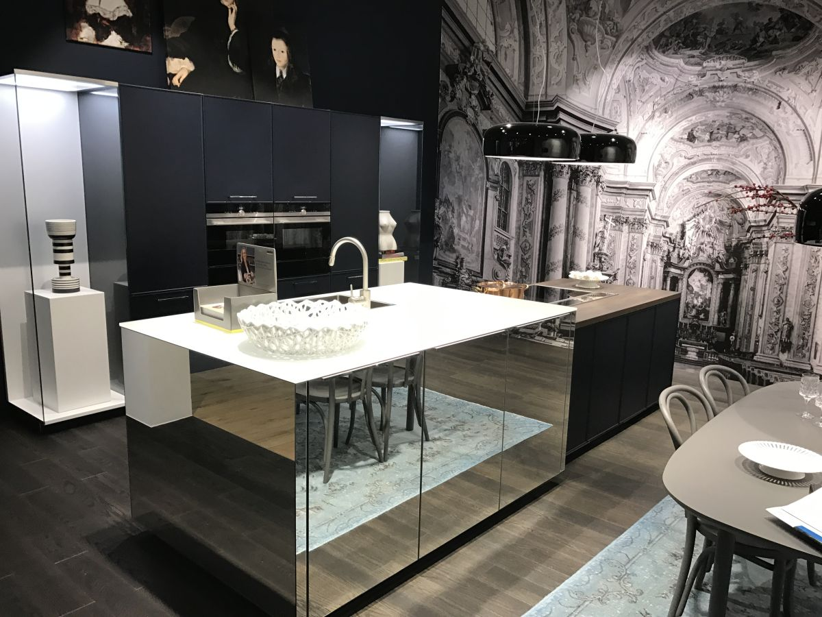This is a simple and stylish way of elevating a kitchen and making it look more refined without compromising on functionality