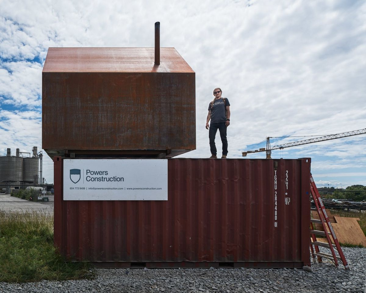 The cabin also holds up well against wear and tear and that's also due to its steel shell