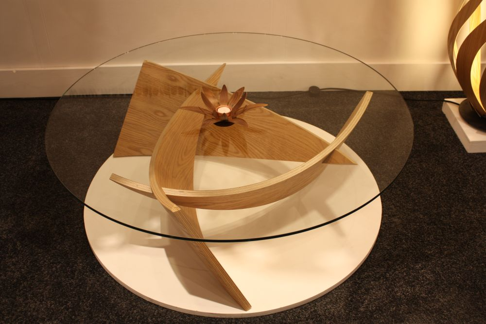 Any other top would diminish the beauty of this sculptural coffee table
