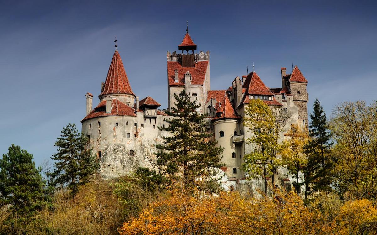 The current design of the castle is not the original one. Some of the towers were added during the numerous restorations