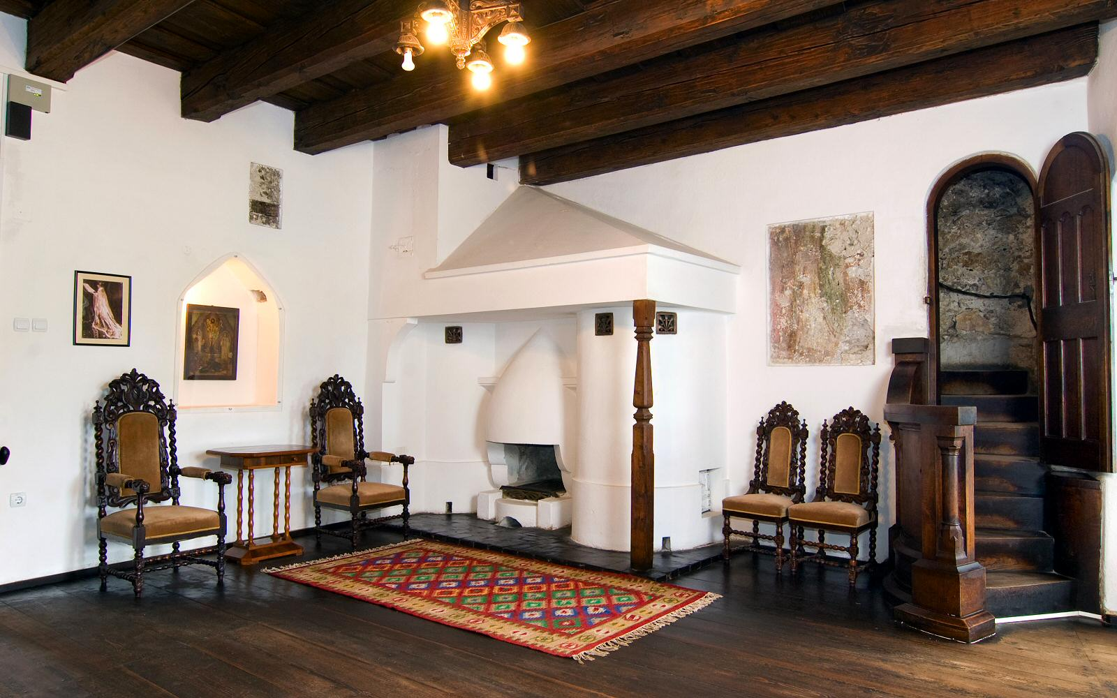 The original furniture and artwork along with some of the accessories were preserved and are now showed in the museum
