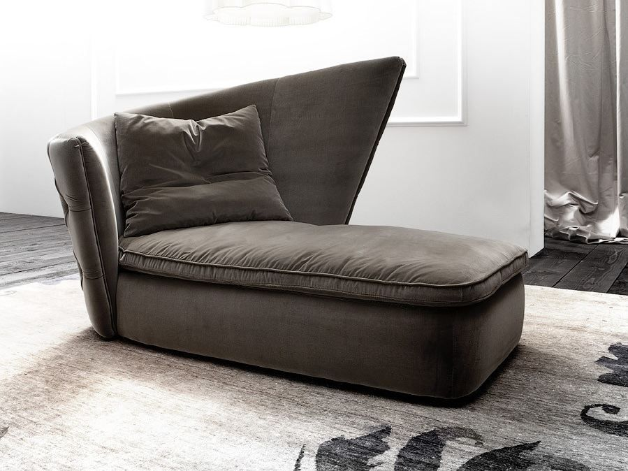 Erba Upholstered day bed