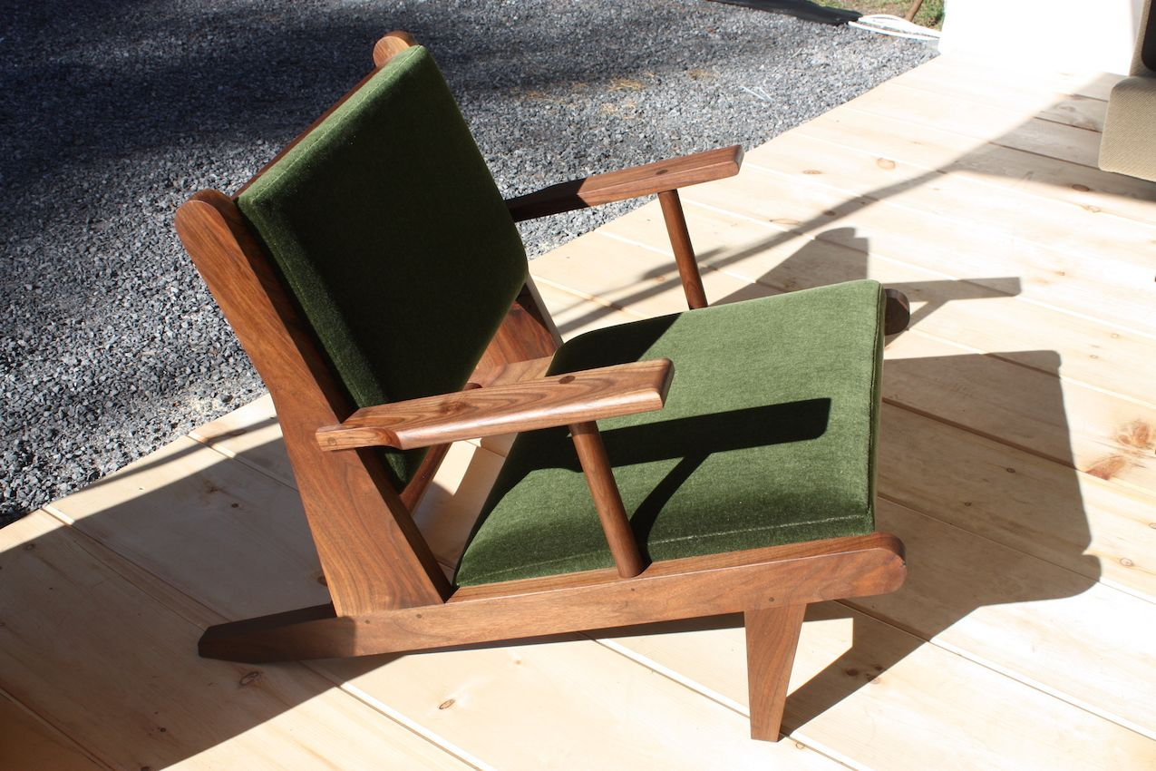Fern presented its Hunting Chair, with wonderful angled design.