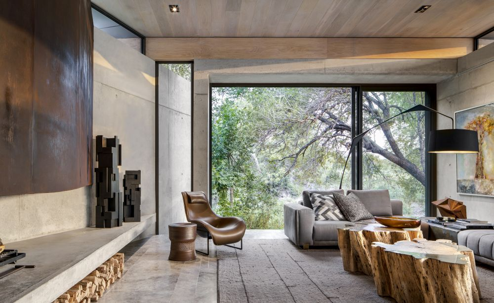 The internal areas have direct access outdoors and large windows which bring the outdoors in