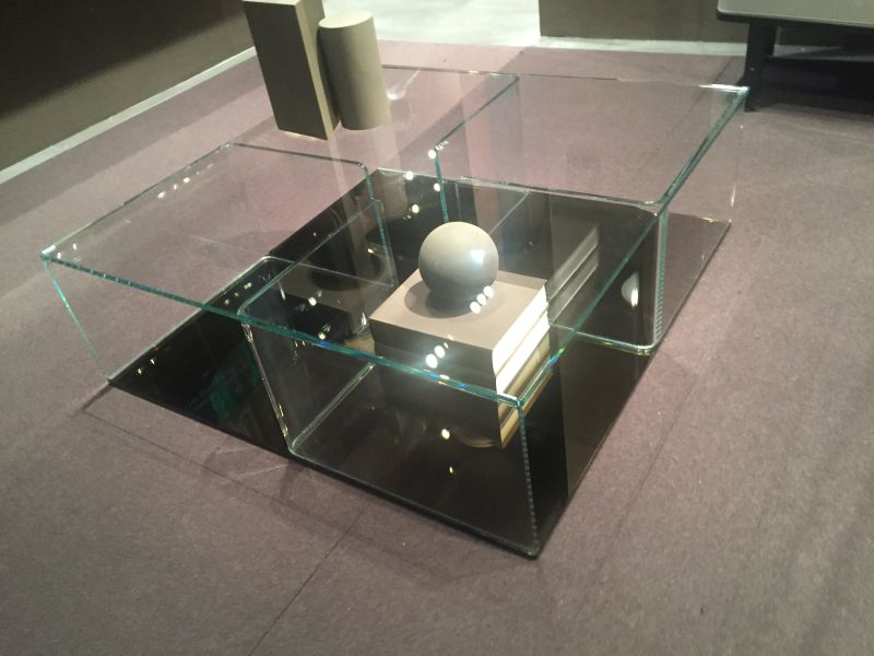 Glass cubes coffee table