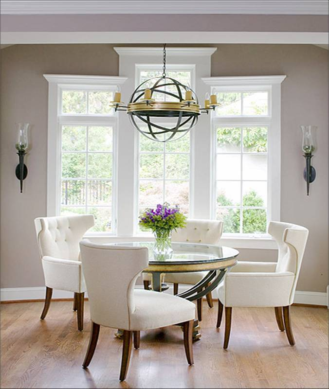 Gold accents for round dining table