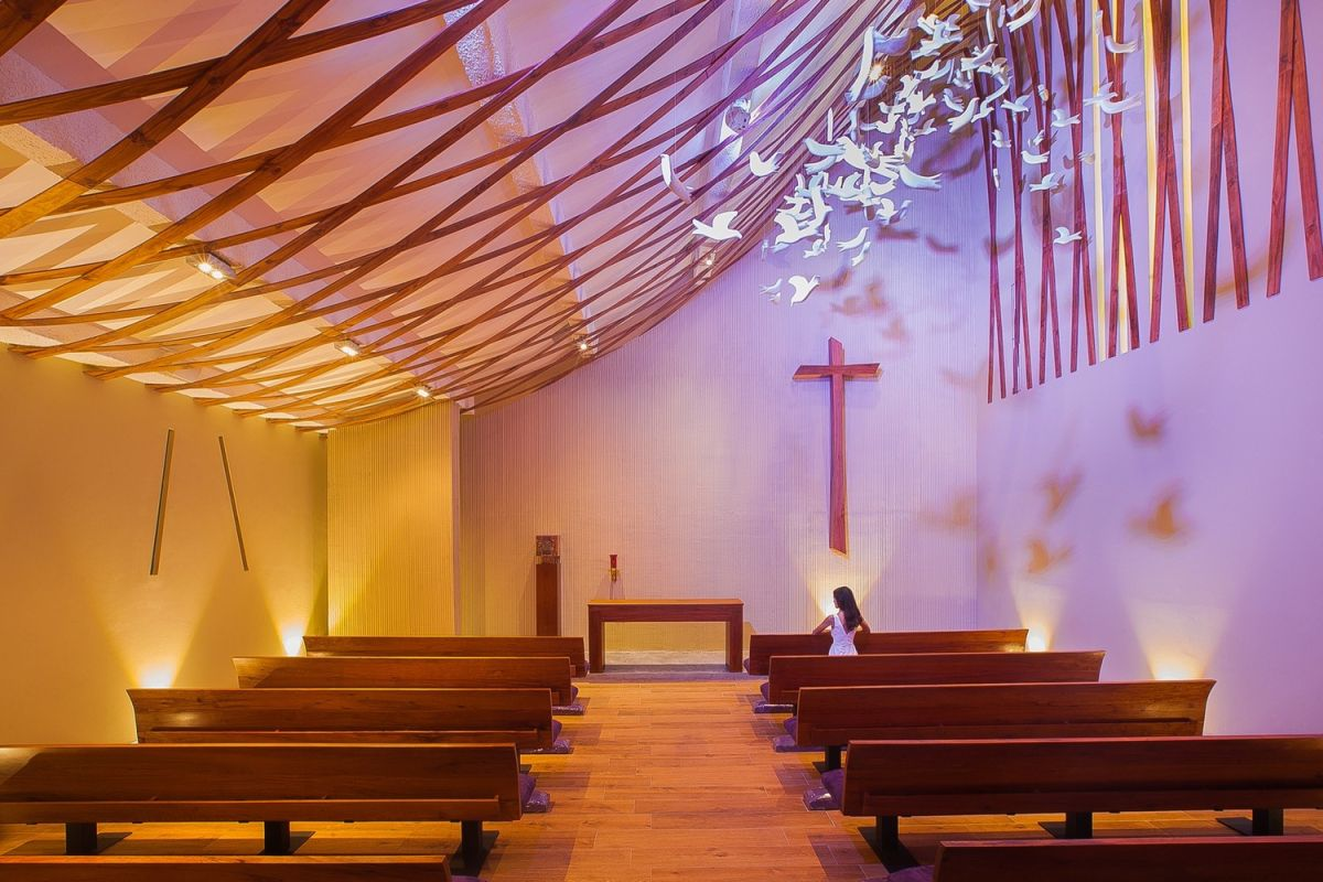 Holy Ghost Chapel Interior