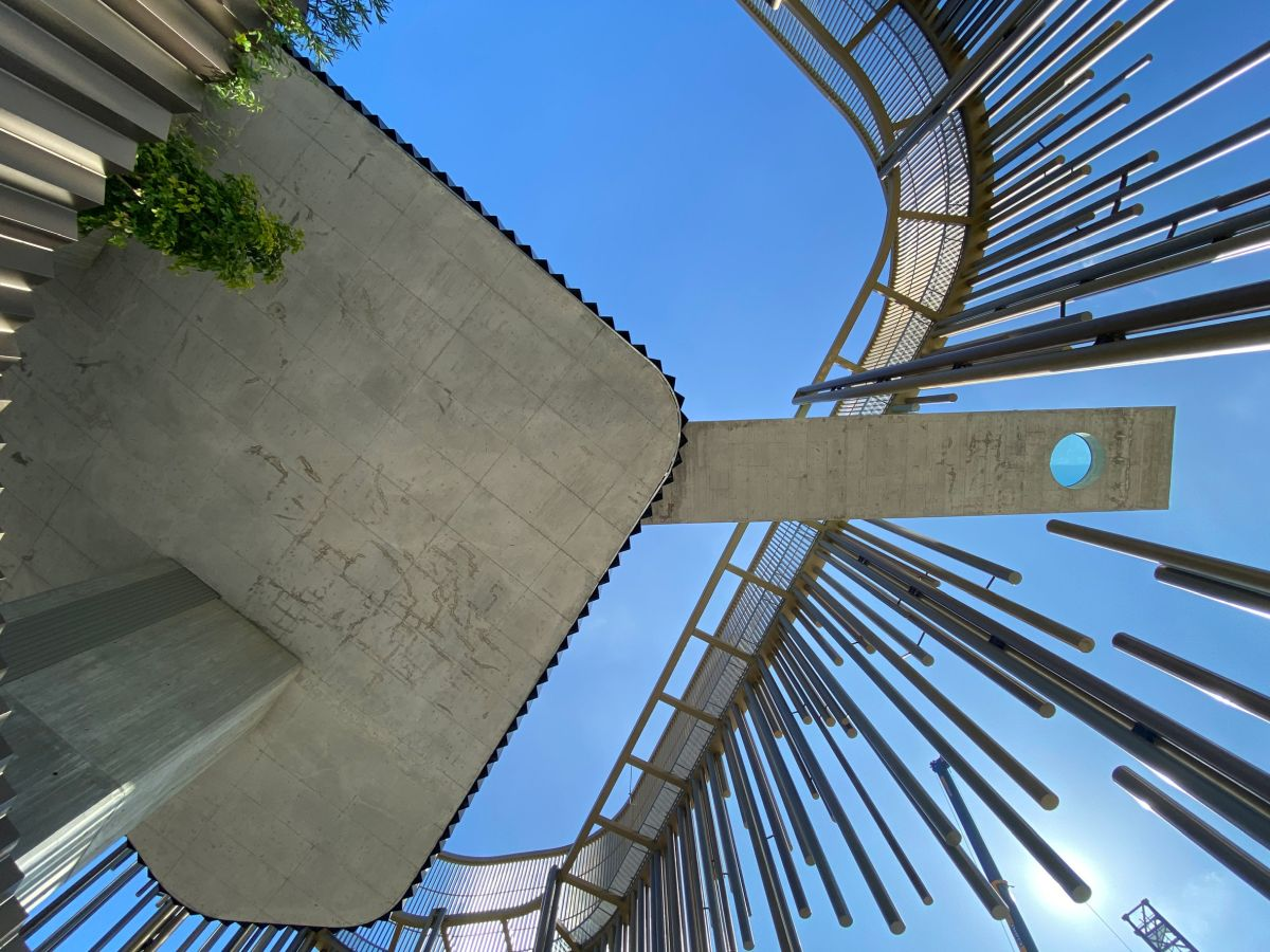 The pool is supported on a platform and cantilevers 20 meters on each side of it