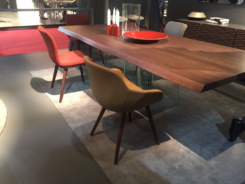 Modern Dining table with clear glass base
