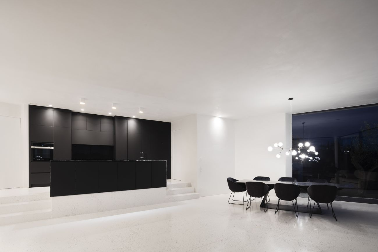 The interior of the house is very simple and in accordance with the minimalist exterior