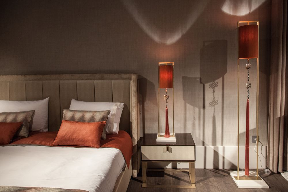 Turn the light fixtures into eye-catching elements or into focal points for the bedroom