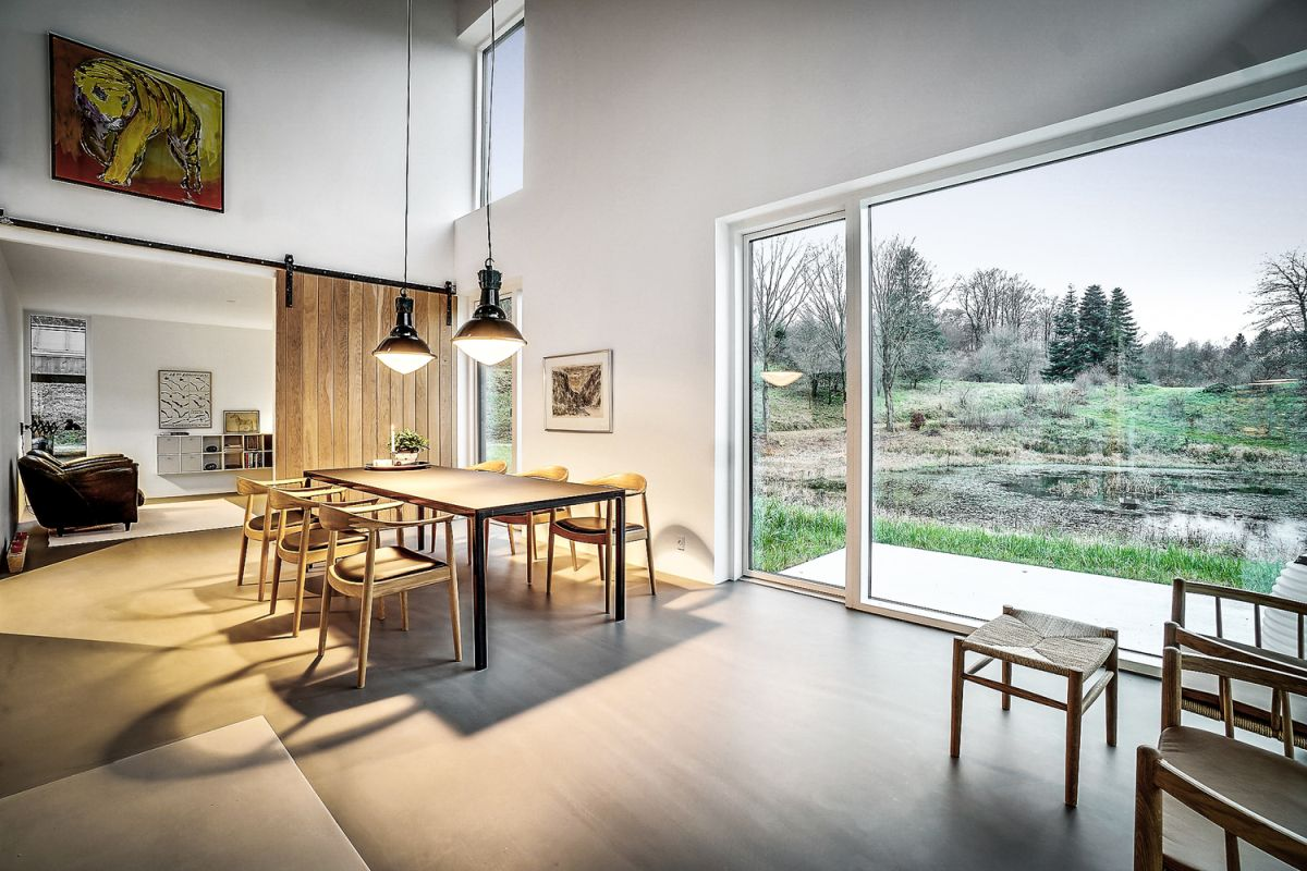 The ambiance inside the house is very warm and welcoming despite the minimalist decor