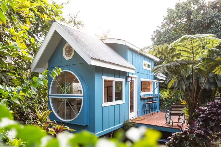 This lovely house design is created by Paradise tiny Homes and is absolutely charming in every way