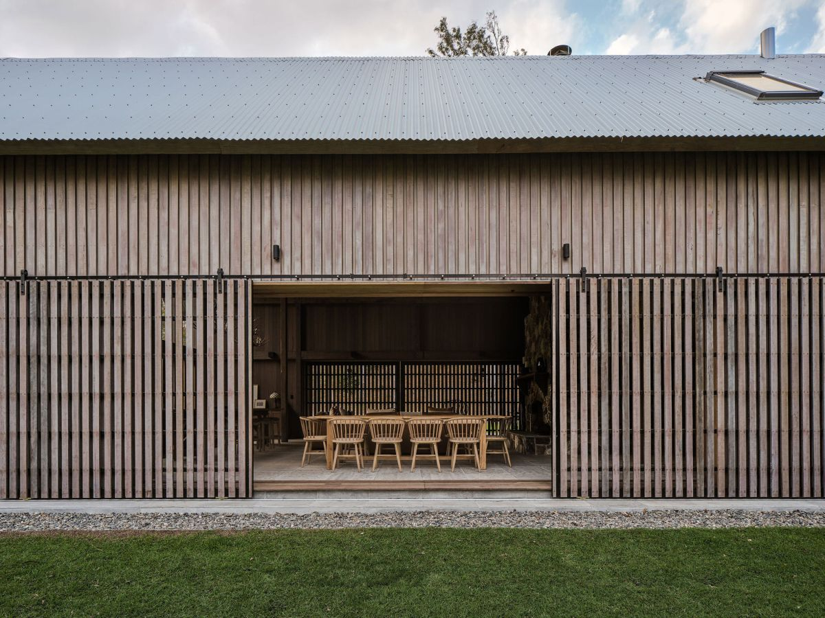 Generally-speaking, this is a modest-looking retreat which aims to look natural in this context