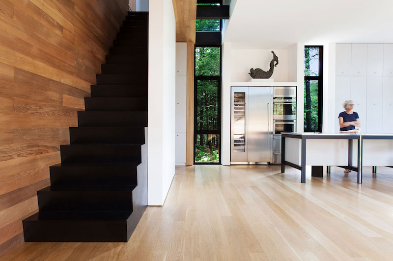 Sculptural tower house staircase