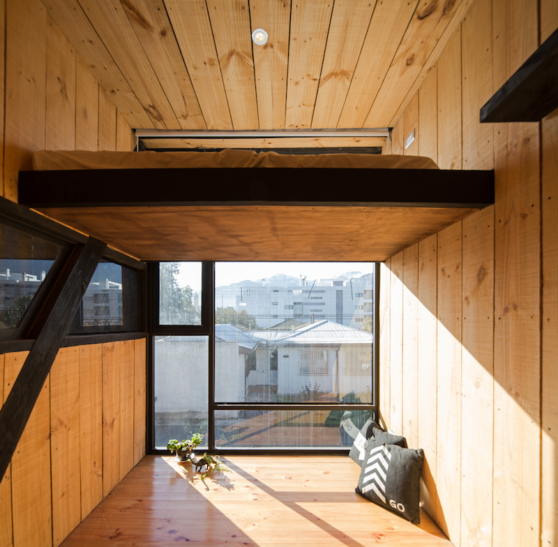 The views are not extraordinary, this being an enclosed property but the natural light is welcomed inside