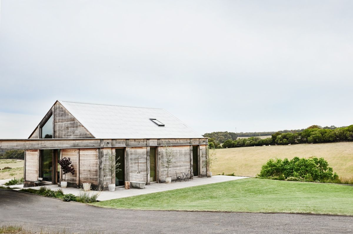 This charming rustic cabin is surrounded by a fairly flat landscape which creates a very serene and tranquil ambiance