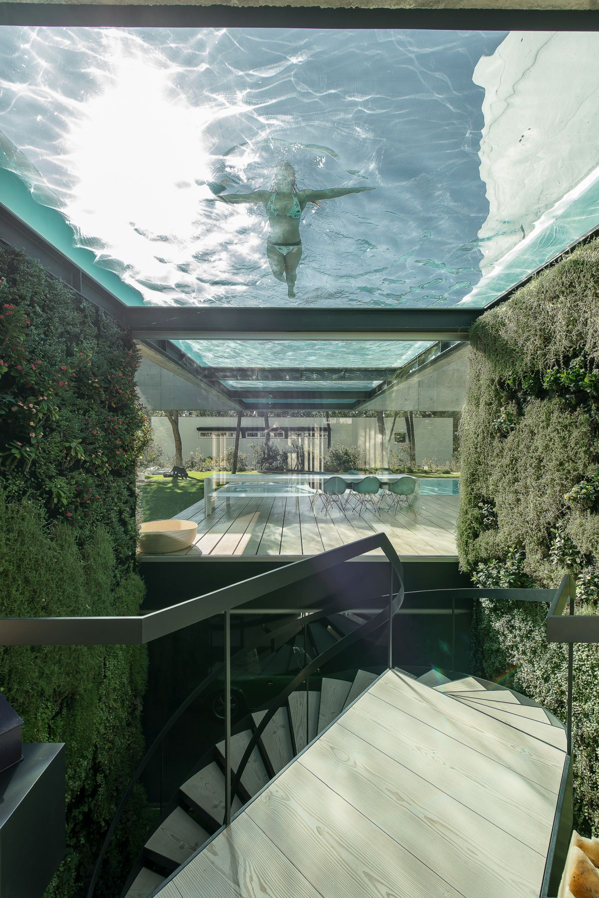 The stairway has a wonderful close-up view of the upper pool.