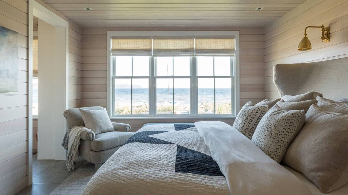 The bedrooms are positioned on either side of the great room, once again reinforcing the symmetry of the design