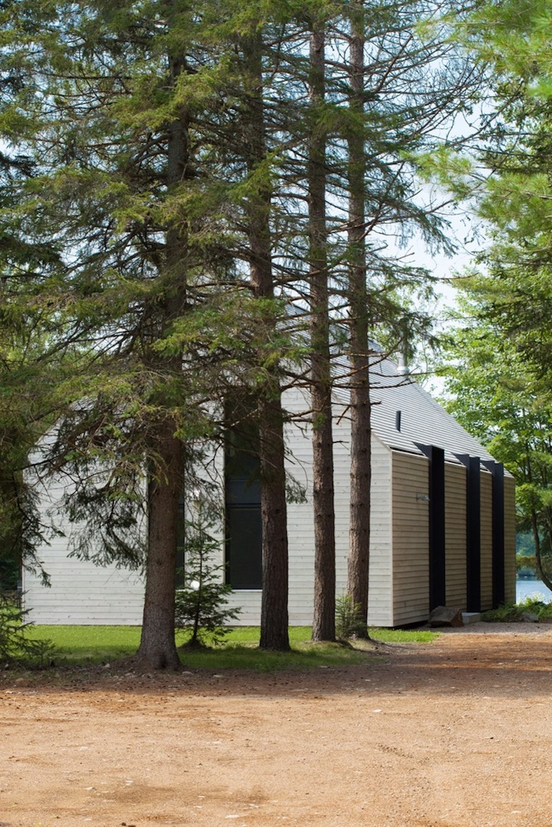 The trees provide shade as well as privacy and they also frame the cottage in a really nice manner