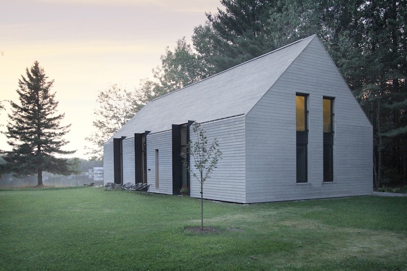 The architecture and the design of the cottage are very simple, pure as well as refined