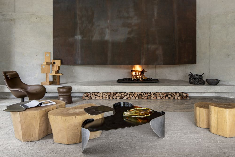 The materials featured throughout the spaces showcase pure and natural finishes in tone with the theme of this project