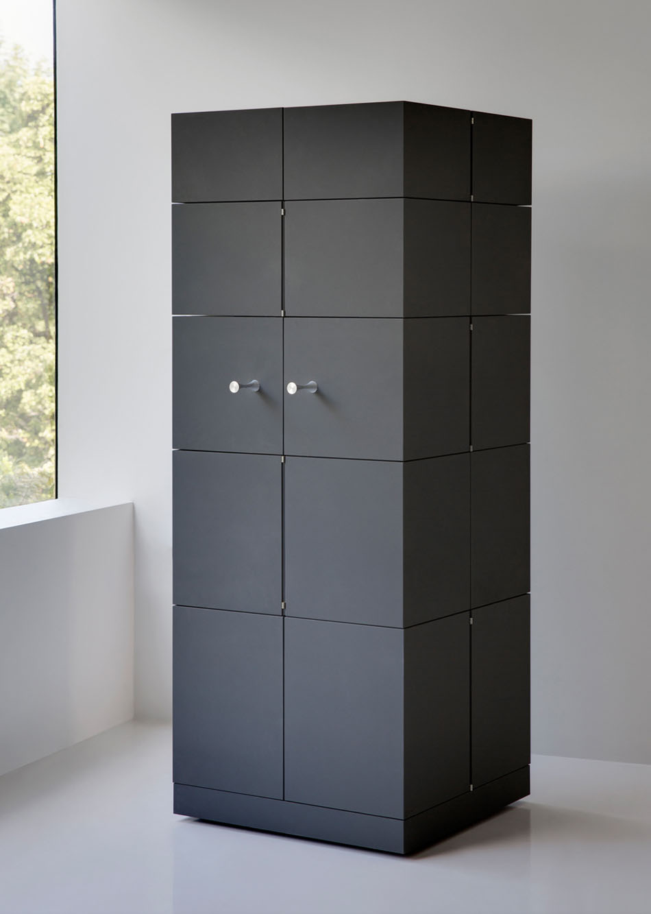 cube-cubrick-cabinet-compact