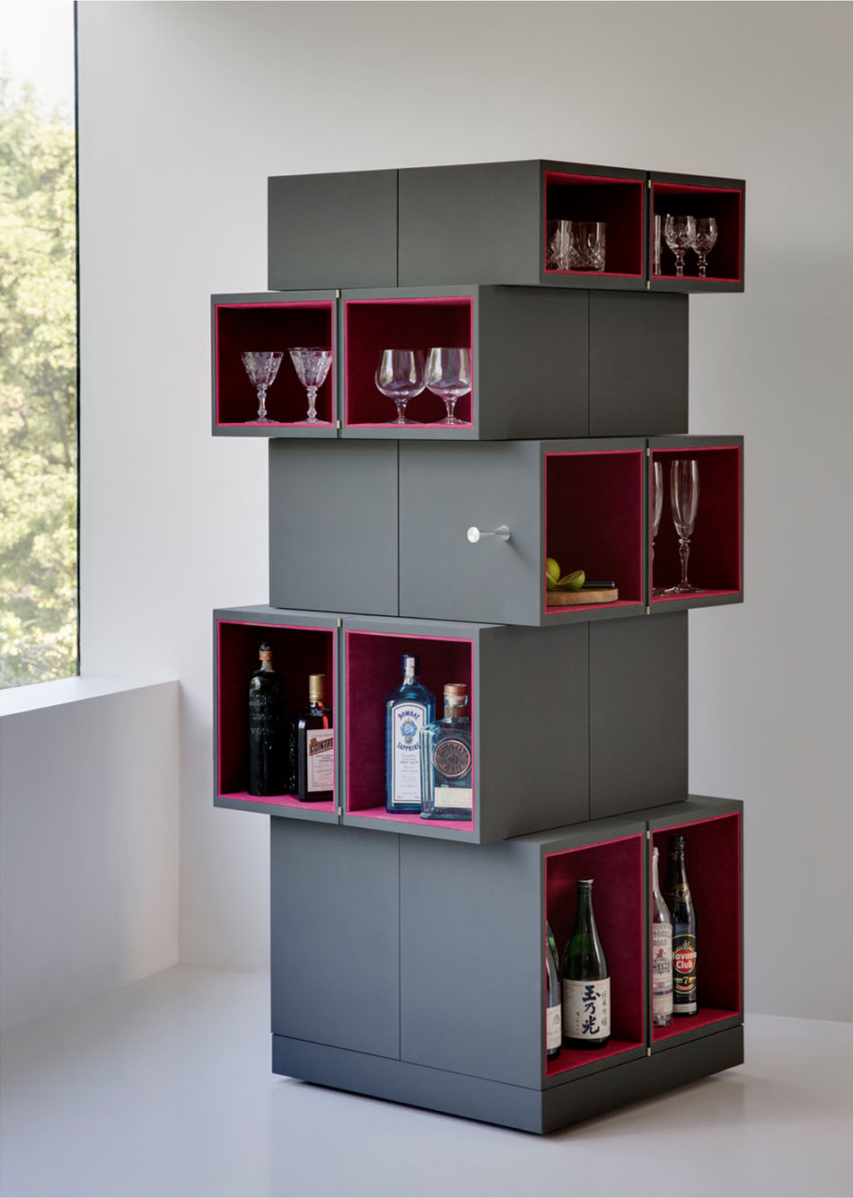 cube-cubrick-cabinet-unfolded