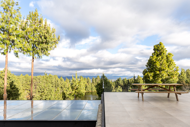 The panorama is dreamy, both from the main house and the extension