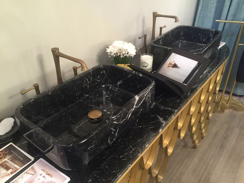 marble on top washbasin and koi style in gold