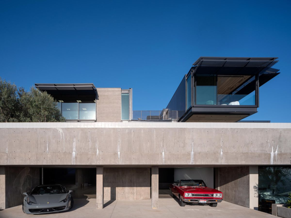 The geometry of the house is interesting and the design direction is very simple