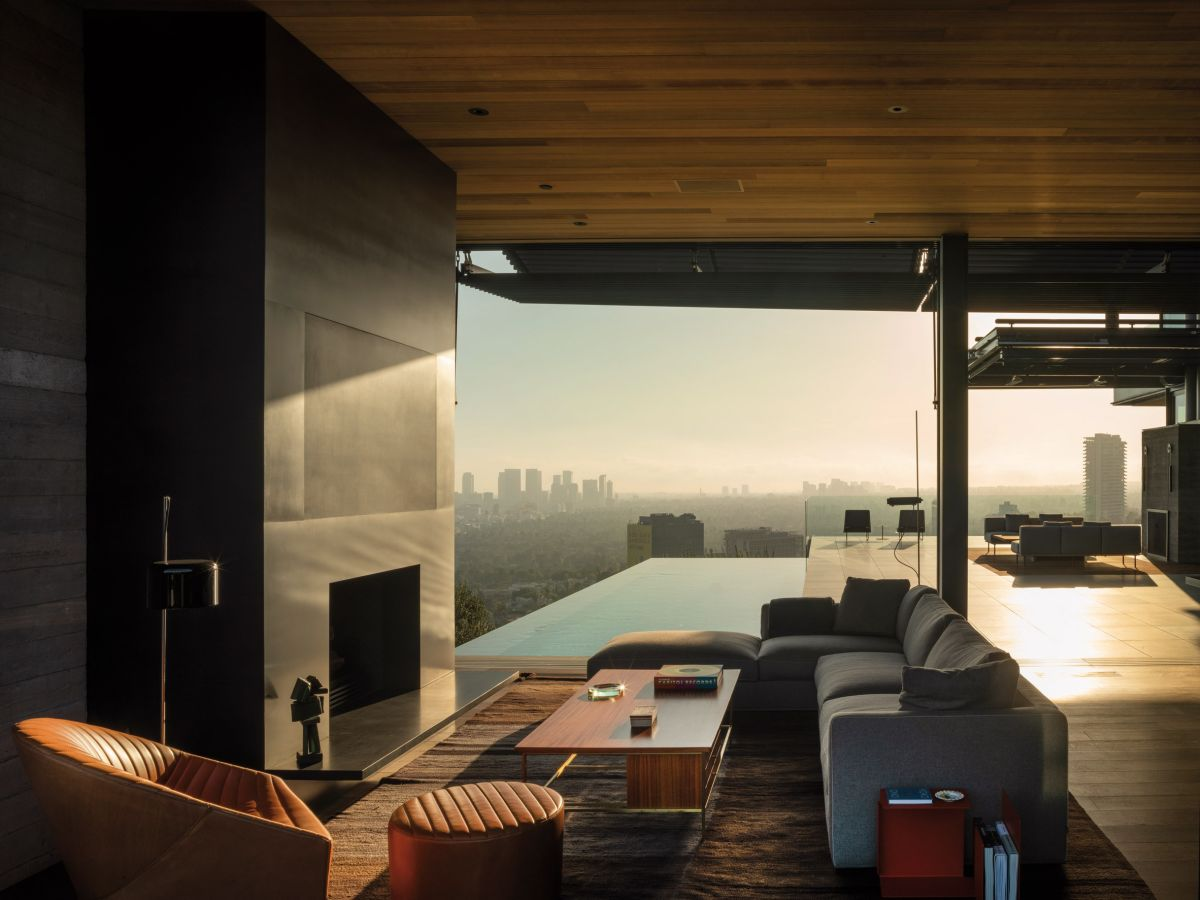 The infinity edge pool and the view beyond it can also be admired from inside the house